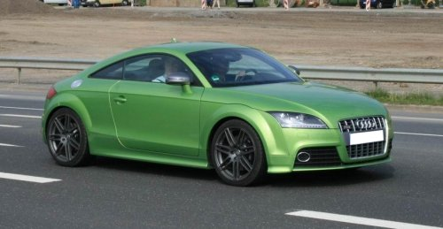 Audi TTS in Grün Metallic